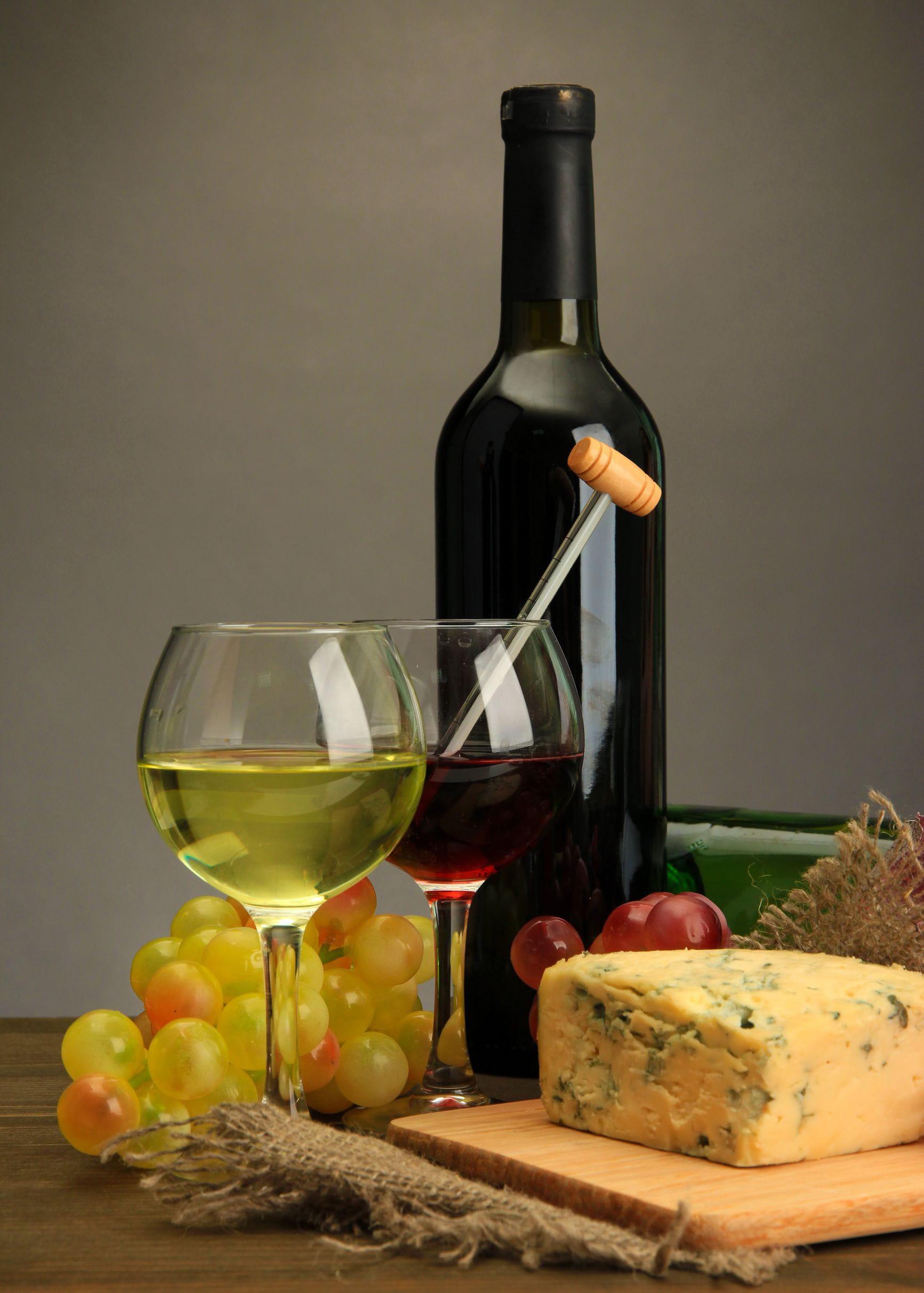 erreur n 3 servir un vin blanc glac et un vin rouge. Black Bedroom Furniture Sets. Home Design Ideas