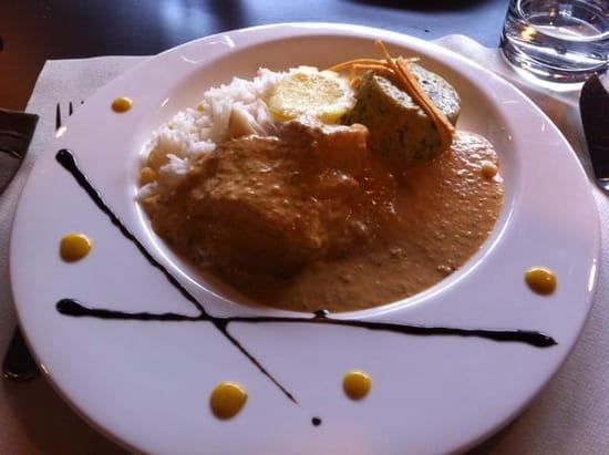 Plat : La Maison des Chefs  - Cabillaud sauce ratatouille flan de légume et riz -