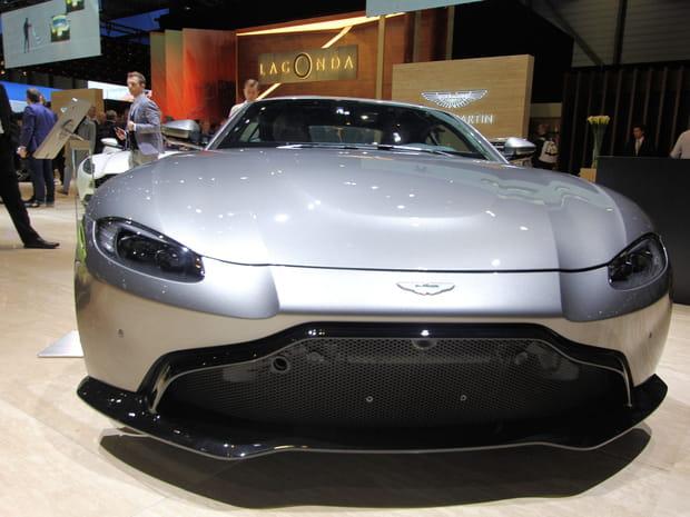 L'Aston Martin Vantage en images