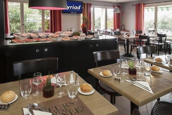 Restaurant la Bouriette  - salle intérieure -
