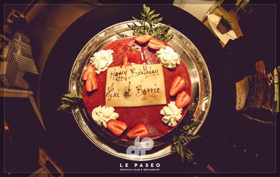 Dessert : Le Paseo - Cocktail club & restaurant (Ex : LE SUD)  - gâteau d'anniversaire -   © Le Paseo - Restaurant