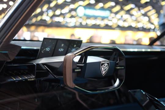 peugeot e legend montez bord du concept r tro au mondial de l 39 auto. Black Bedroom Furniture Sets. Home Design Ideas