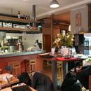 Hope Café  - salle avant -   © franck