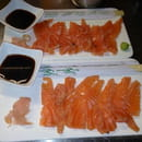 Entrée : La Licorne  - Sashimi de saumon, sauce shöyu -