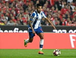 Football - Chaves / FC Porto