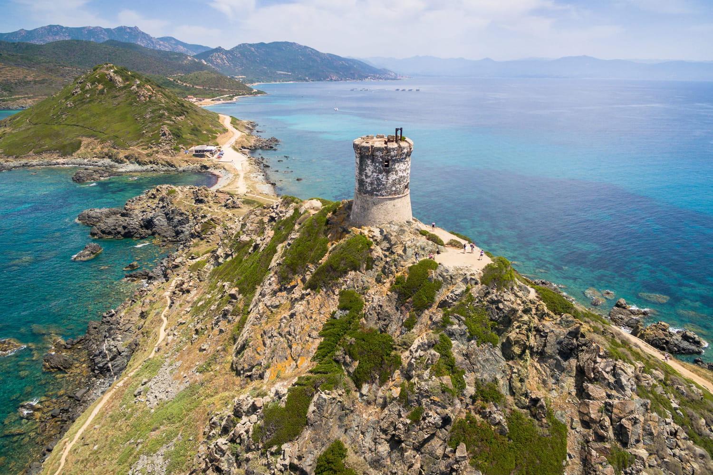 Vacances d'été 2021: destinations, restrictions en Corse, pass sanitaire, les dernières infos Covid