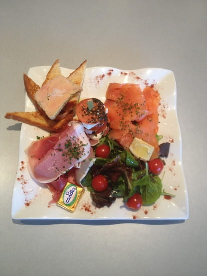 La Croisette  - Salade Gourmande -