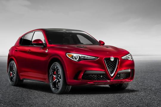 Alfa Romeo Stelvio: premières photos et infos officielles