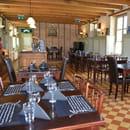 Restaurant : Taverne Le Cygne  - Salle du restaurant -   © parlaporte.com
