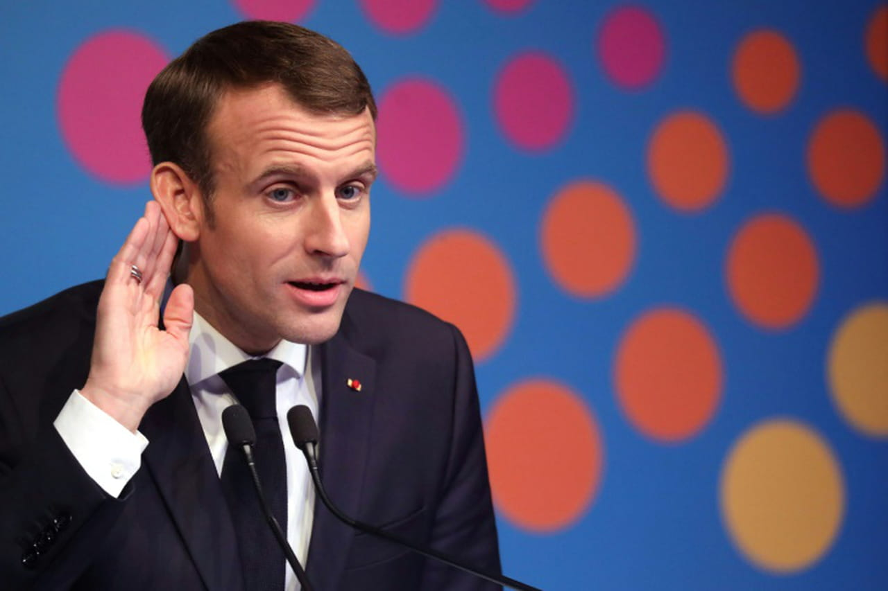 """Gilets jaunes"": J-1avant un samedi à hauts risques, Macron s'exprimera plus tard"