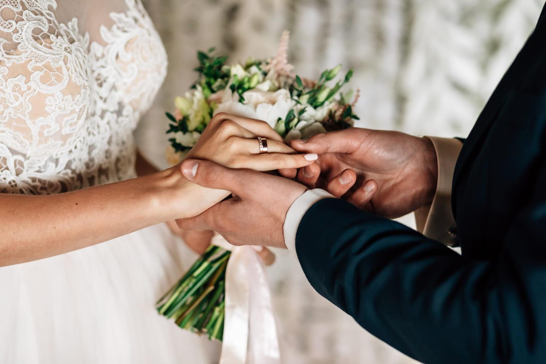 Comment déclarer ses revenus après un mariage en cours d'année?