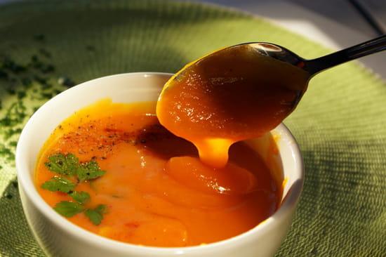 Au fil de saisons  - Velouté de patates douces et carotte -   © Zdebski