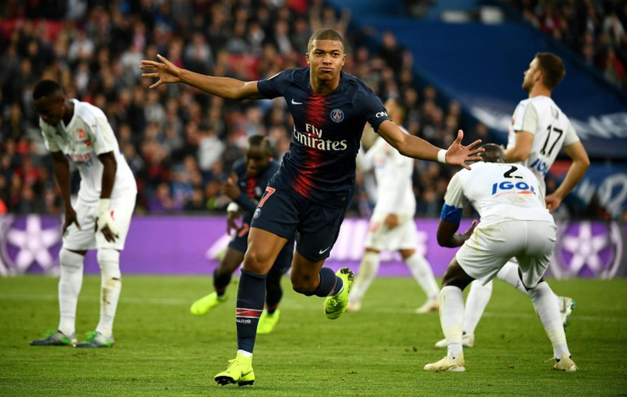 Dixième victoire consécutive pour le PSG en Ligue 1, 5-0contre Amiens