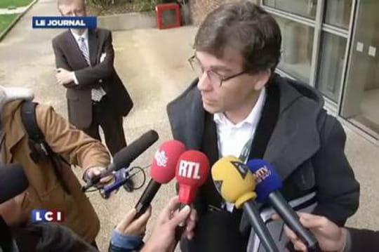 Arnaud Montebourg: àl'école avec l'argent descontribuables?