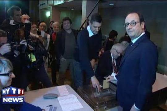 Départementales 2015 : François Hollande fait la queue pour voter, enCorrèze (VIDÉO)