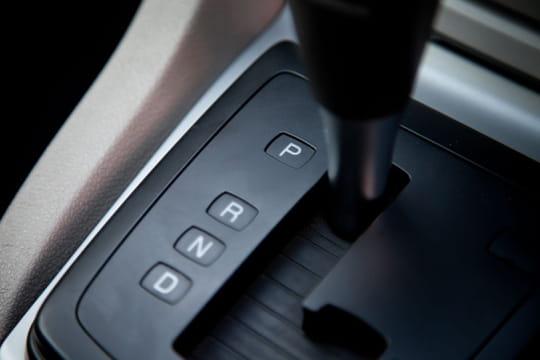 Boîte de vitesses automatique ou manuelle: laquelle choisir?