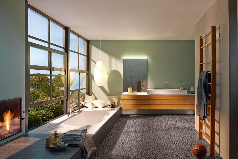 une salle de bains haut de gamme. Black Bedroom Furniture Sets. Home Design Ideas