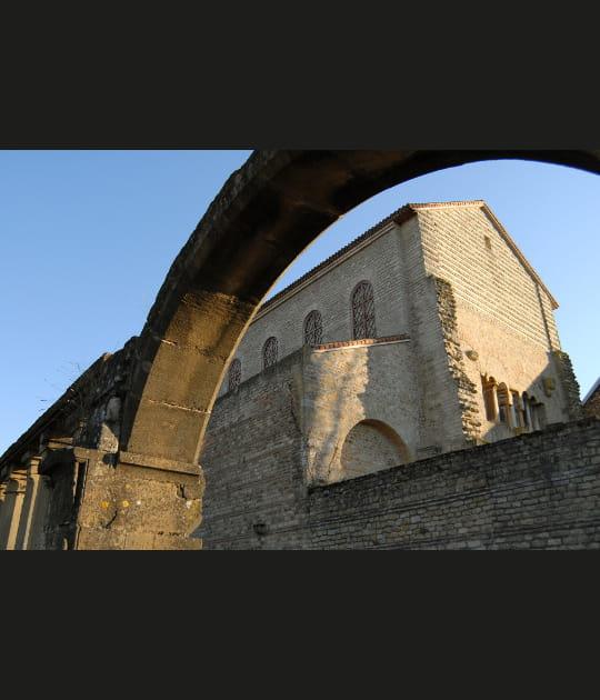 L'église Saint-Pierre-aux-Nonnains de Metz : IVe siècle