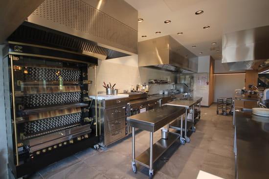 Restaurant : La Véranda  - Cuisine ouverte -   © Mercure Chantilly