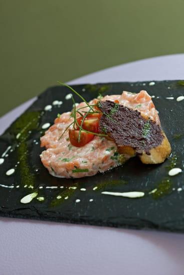 Au Rendez Vous des Amis  - Tartare  de saumon -