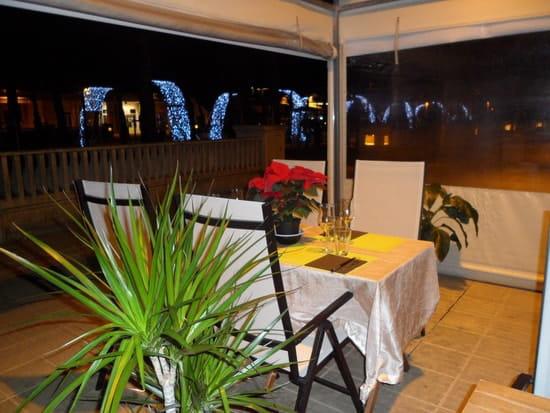 Sushi Master'S  - La terrasse couverte -   © Stephane