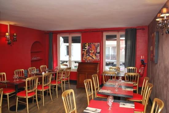 Un Jour à Paris  - salle du 1er étage -