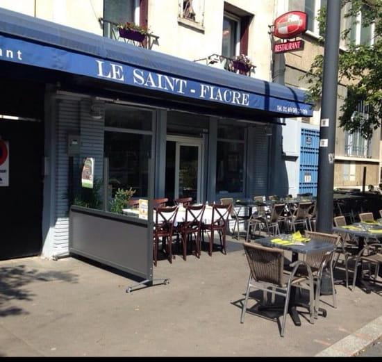 Restaurant : Le Saint-Fiacre  - Terrasse du restaurant  -