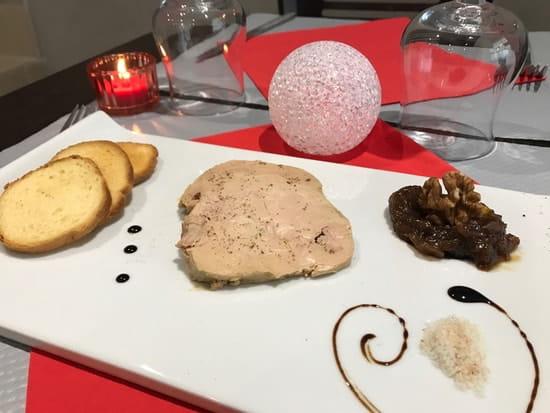 Plat : Frenchy's Grill  - Assiette Foie Gras -   © Copyright