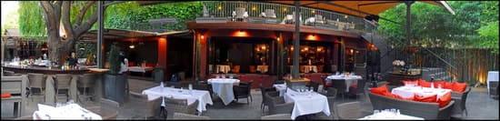 Carmelina  - La terrasse inferieure -