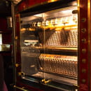 Restaurant : Le Tir Bouchon Montorgueil  - rotisserie -   © Copyright*