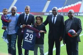 Famille, amis, conseillers... Qui sont les proches de Kylian Mbappé?