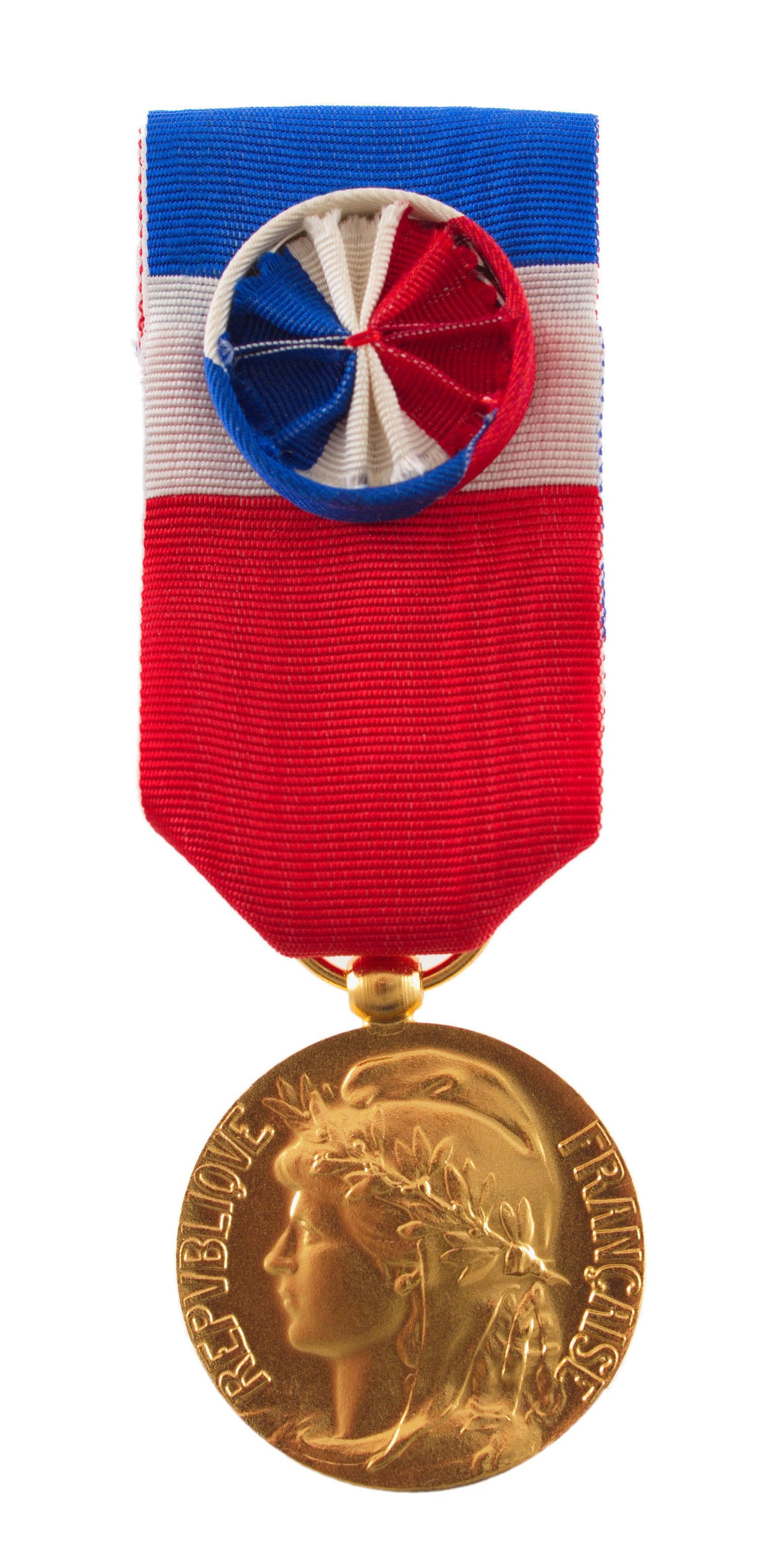 La Prime Liee A La Medaille Du Travail
