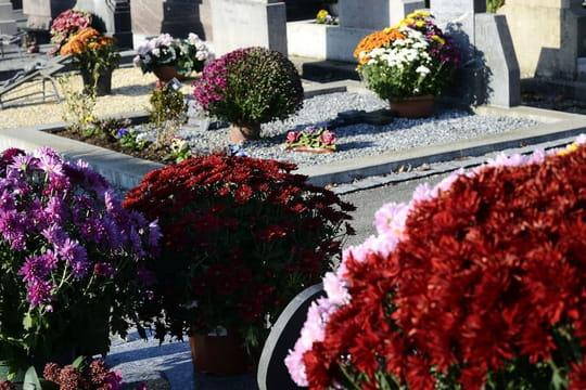 """Toussaint 2017: le """"jour des saints"""" férié, versus le """"jour des morts"""""""