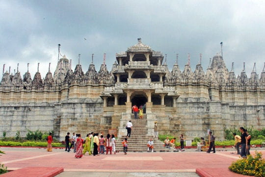 Ranakpur: merveilleux temple jaïn