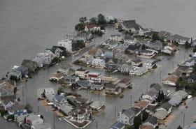 Sandy à New York: les images des dégâts déferlent sur laToile