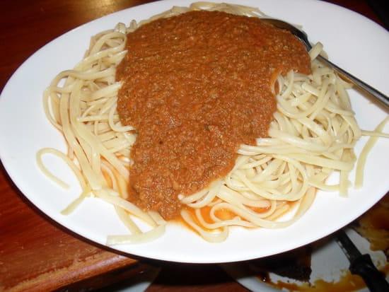Chez Vous  - Spaghetti à la bolognaise -