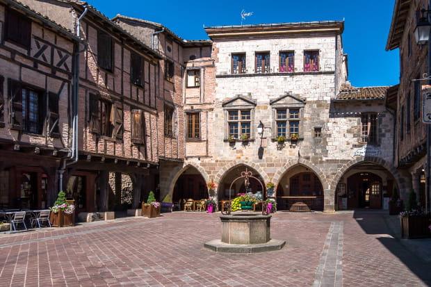 Castelnau-de-Montmiral et la forêt de la Grésigne