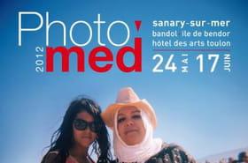 Le soleil méditerranéen exposé à Sanary-sur-Mer