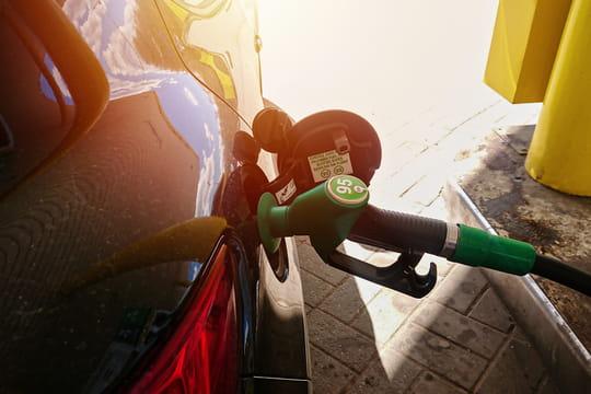 Prix de l'essence: fin de la baisse après le confinement, vers une remontée?