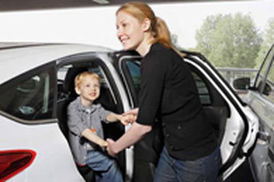 Ford va commercialiser une protection anti-choc pour portière de voiture