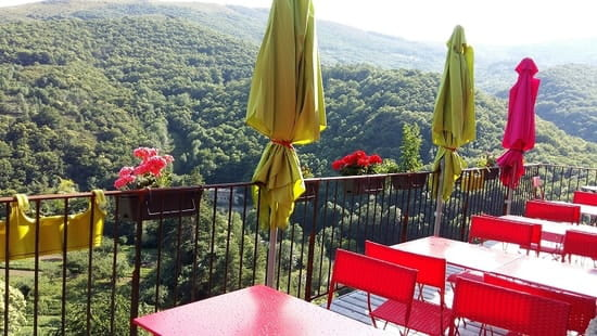 La Framboise  - Terrasse suspendue et sa vue panoramique -   © ferme auberge bio la framboise