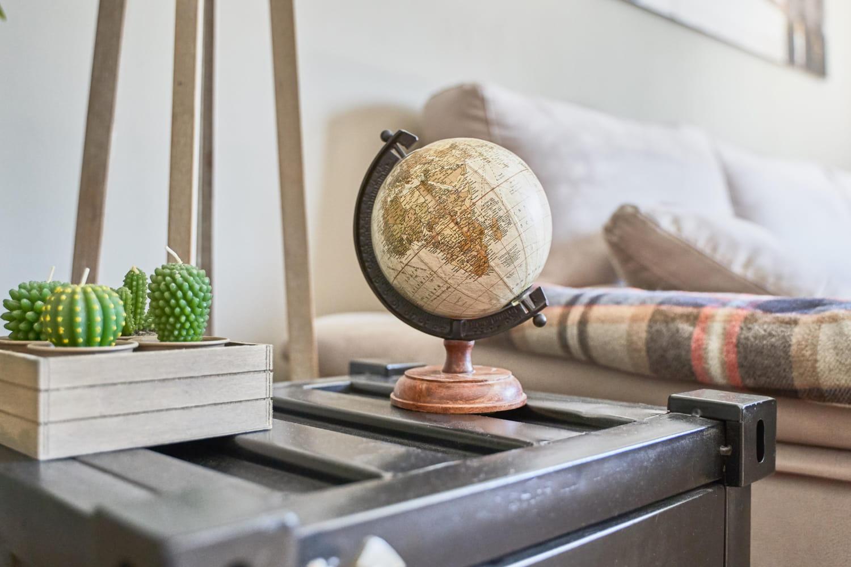 Globe terrestre: lumineux, vintage ou sur pieds, lequel choisir?