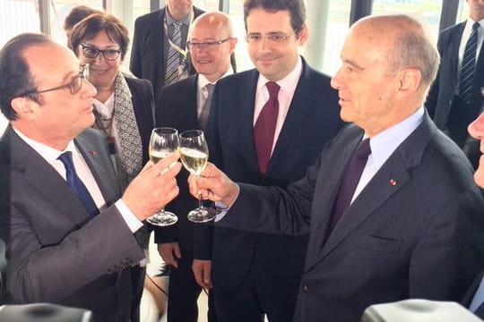 Hollande et Juppé trinquent: les images de leur rencontre à la Cité du vin de Bordeaux [PHOTOS]