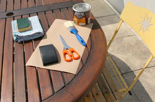 Vernir du mobilier de jardin
