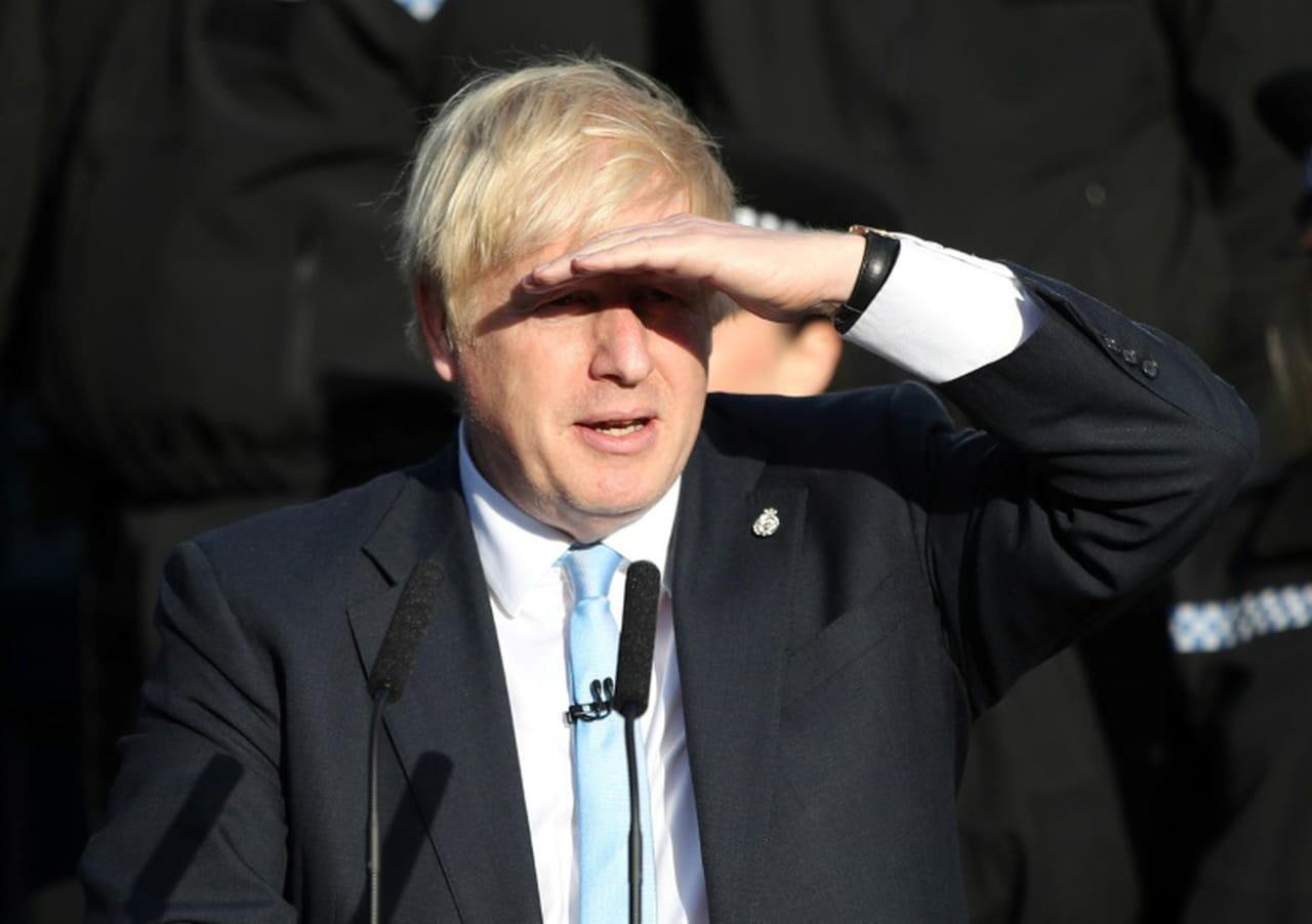"""Brexit: les Lords bloquent un """"no deal"""", nouveau revers pour Johnson"""