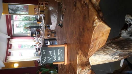 Restaurant : Le Moment  - Tous les vins à la carte sont servis au verres !! -
