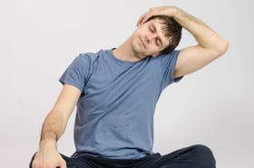Mal au cou: les exercices pour soulager la douleur