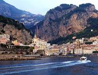 Un kilomètre à pied... : Sur la côte amalfitaine, Italie