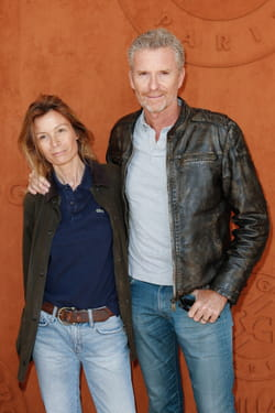 Denis Brogniart et sa femme