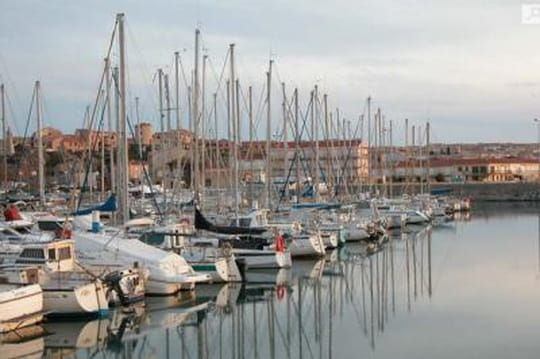 Résultats desdépartementales àNarbonne (Aude): le FN dans tous les cantons au second tour